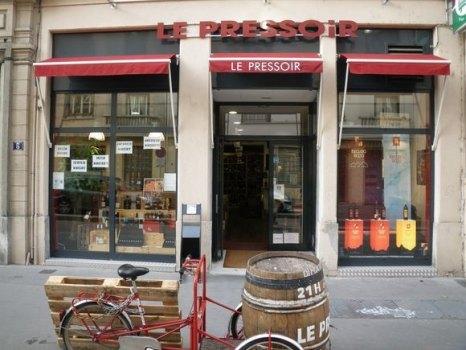 Façade principale du magasin le Pressoir à Lyon